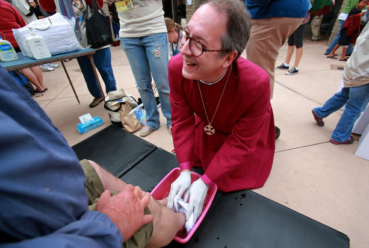 Maundy Thursday: Washing Feet and Touching Souls
